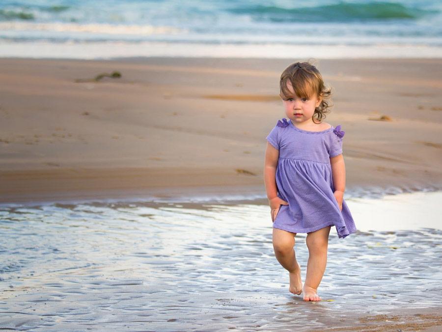 дівчатка на море